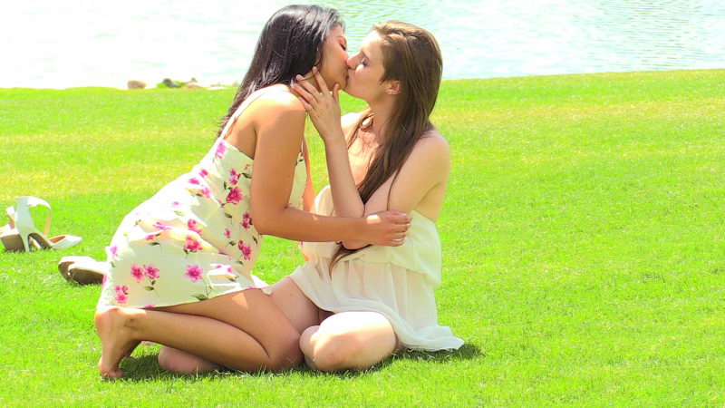 FTV Violet & Eva Outdoor Acrobatics