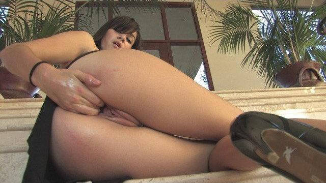 FTV Chloe Fisting her Vagina