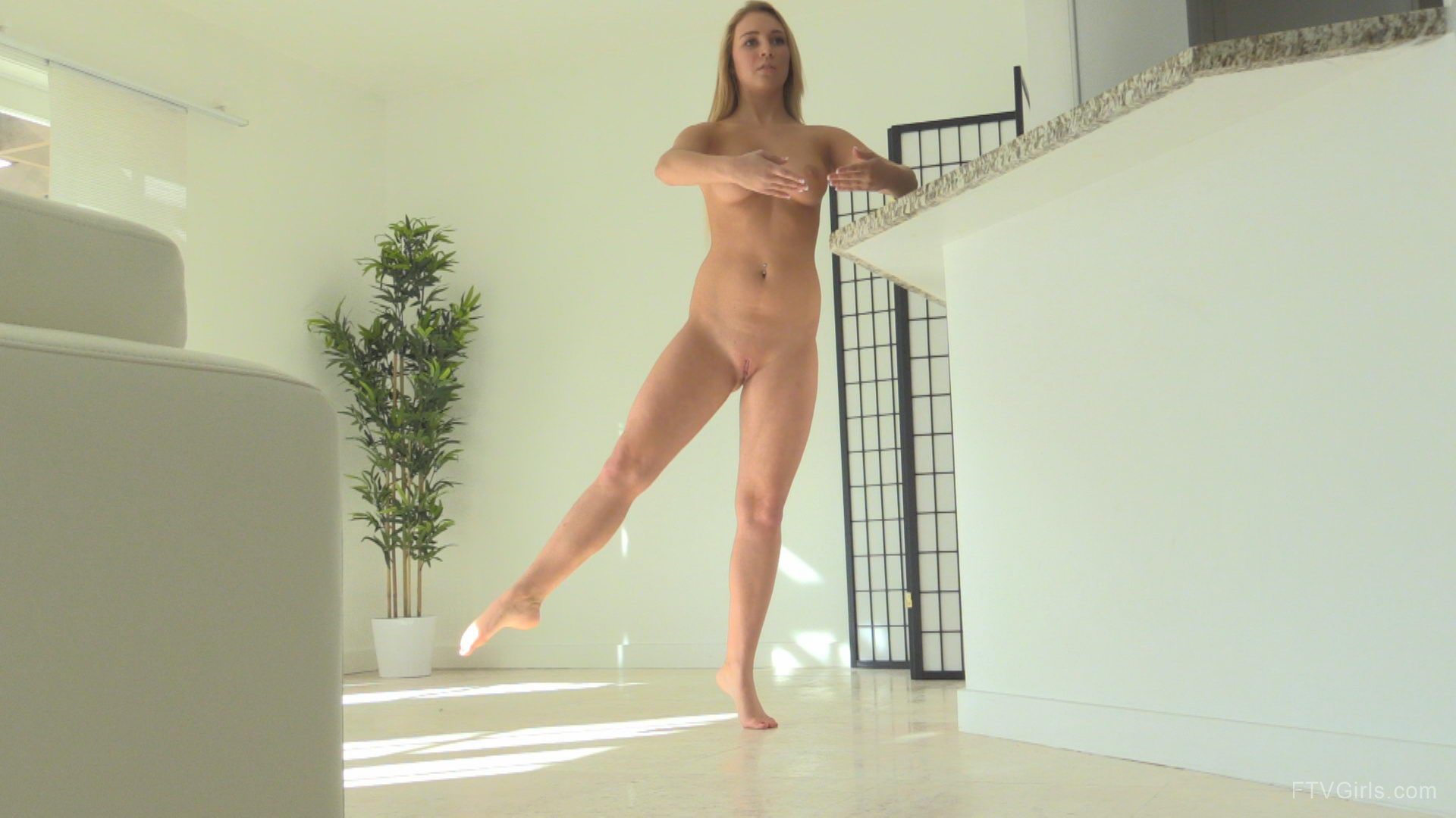 Young FTV Girl Zoey Dancing Naked Like Ballerina